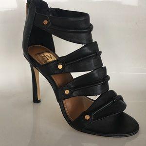 Dolce Vita: 4 inch Statement Heels